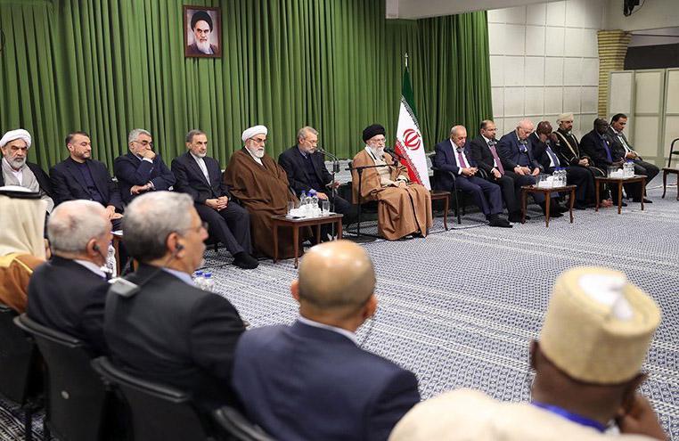 khamenei dgn PIUC