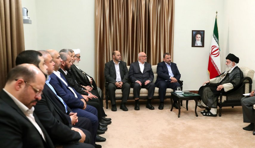 hamas salih al arouri dan sayid khamenei