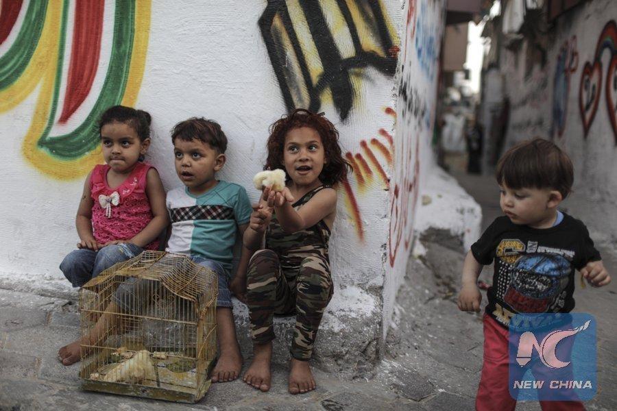 Anak-anak di kamp pengungsi Jabalia, Gaza (foto 14 Mei 2017/ Xinhua/Wissam Nassar)