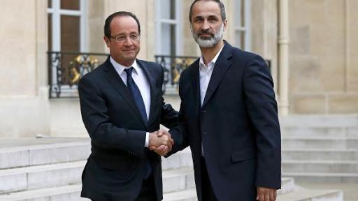 Presiden Prancis, Hollande, dan Moaz Al Khatib (ustadz IM), bertemu di Paris untuk membicarakan proyek penggulingan Assad.