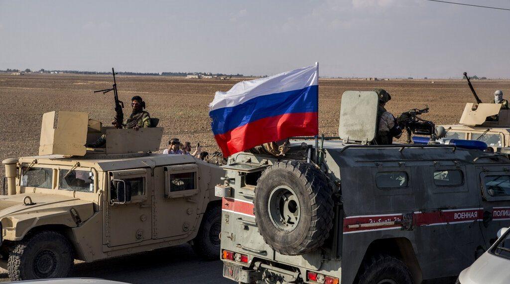 pasukan AS dan pasukan Rusia di Suriah